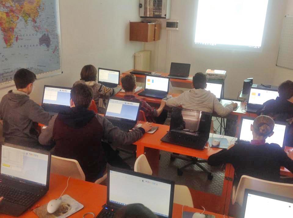 Laboratorio informatico Scuola Maria Luigia di Chiavari